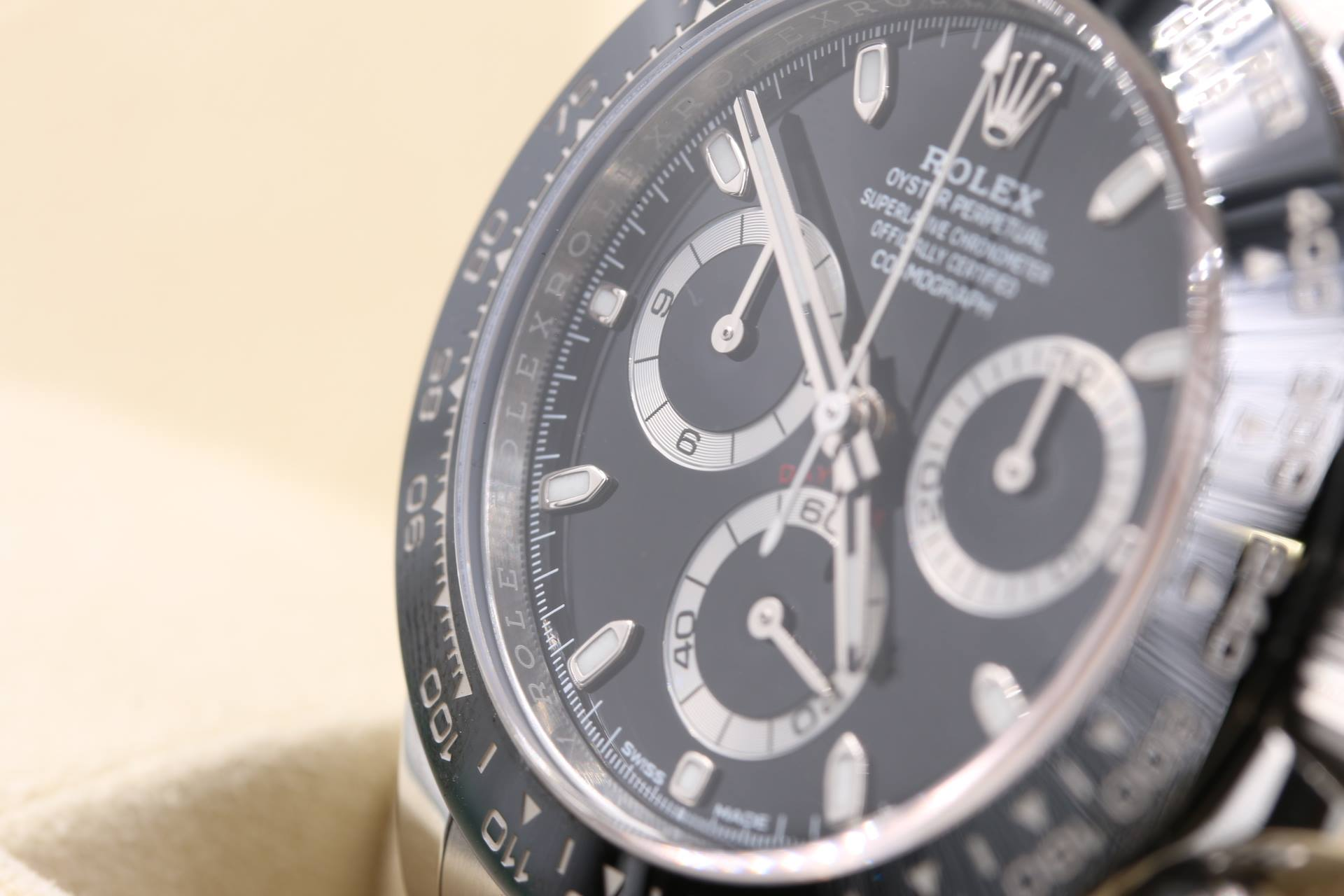 watch broker rolex daytona luxury watch