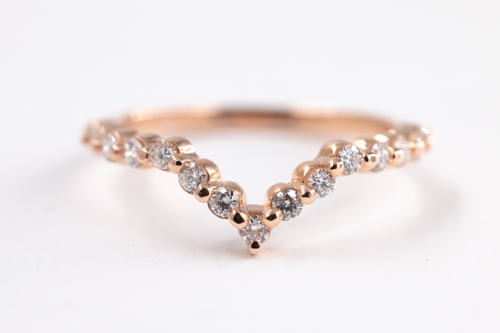 chevron-rose-gold-ring-band-wedding