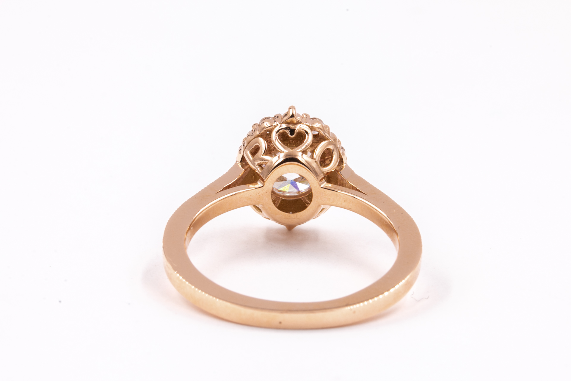 cradenza-halo-engagement-ring-3