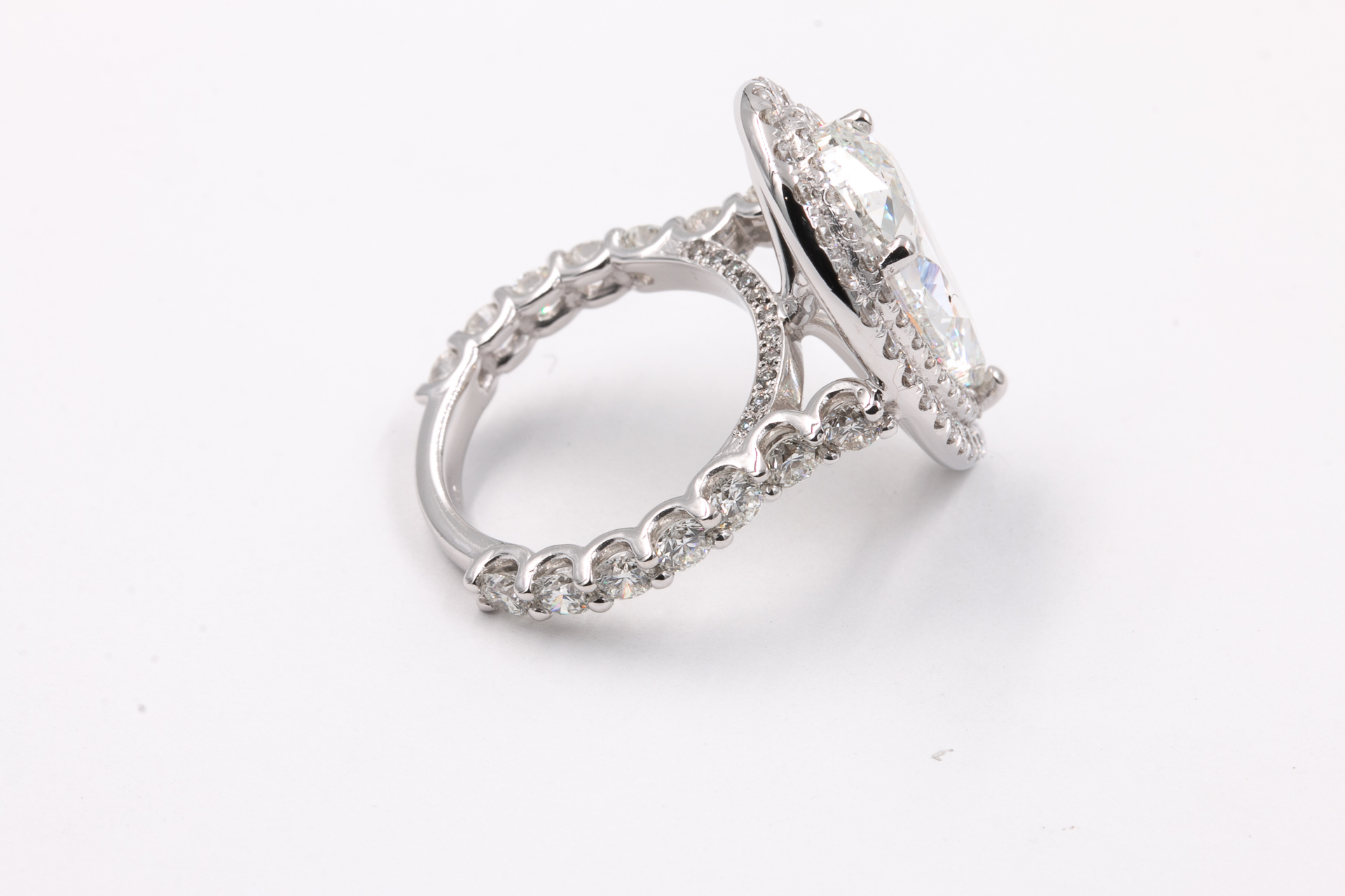 diamond-engagement-ring-2