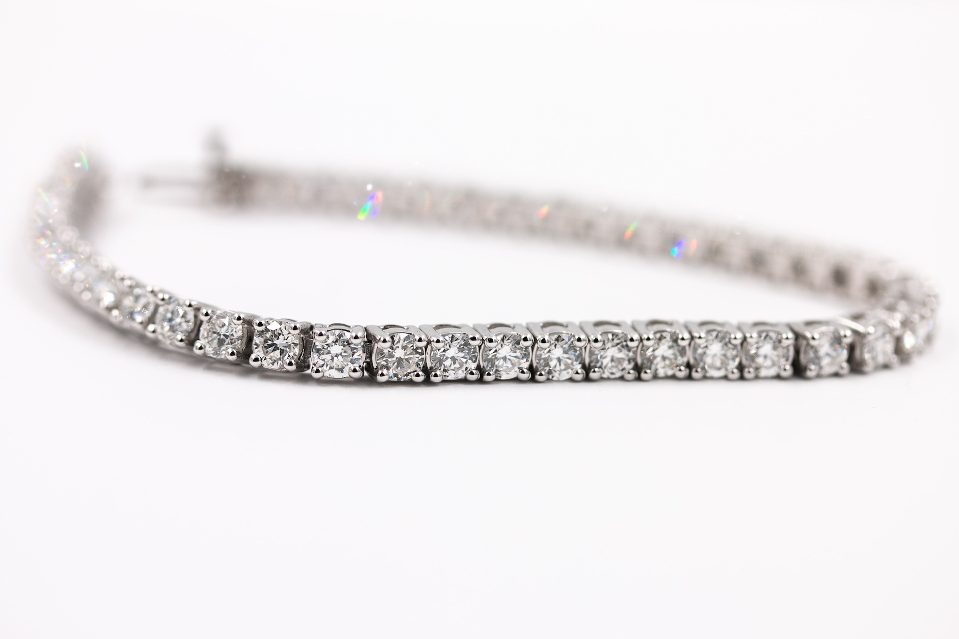 diamond-tennis-braclet-carats-jewelry-store-2