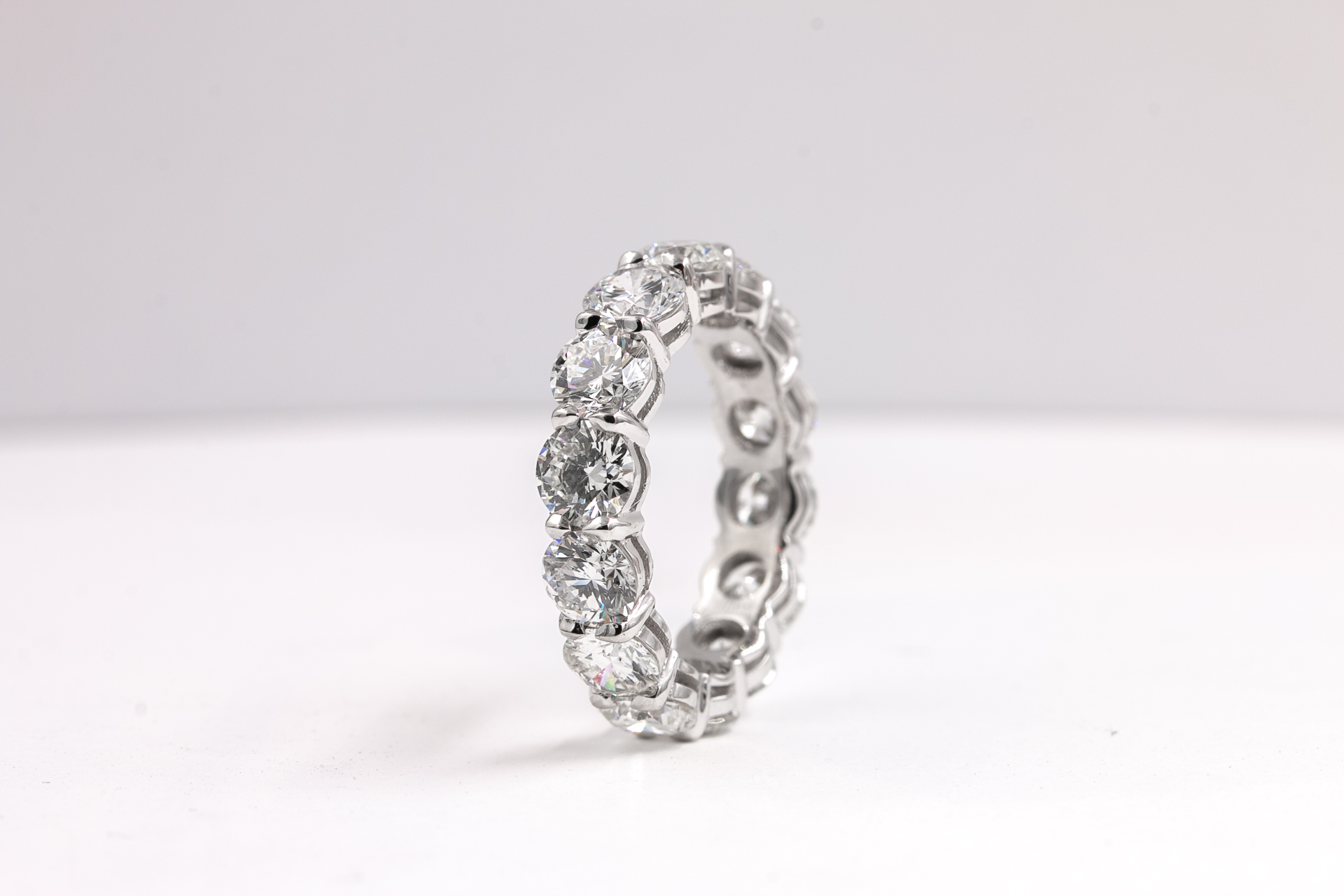 diamonds-eternity-bands-womens-gold-
