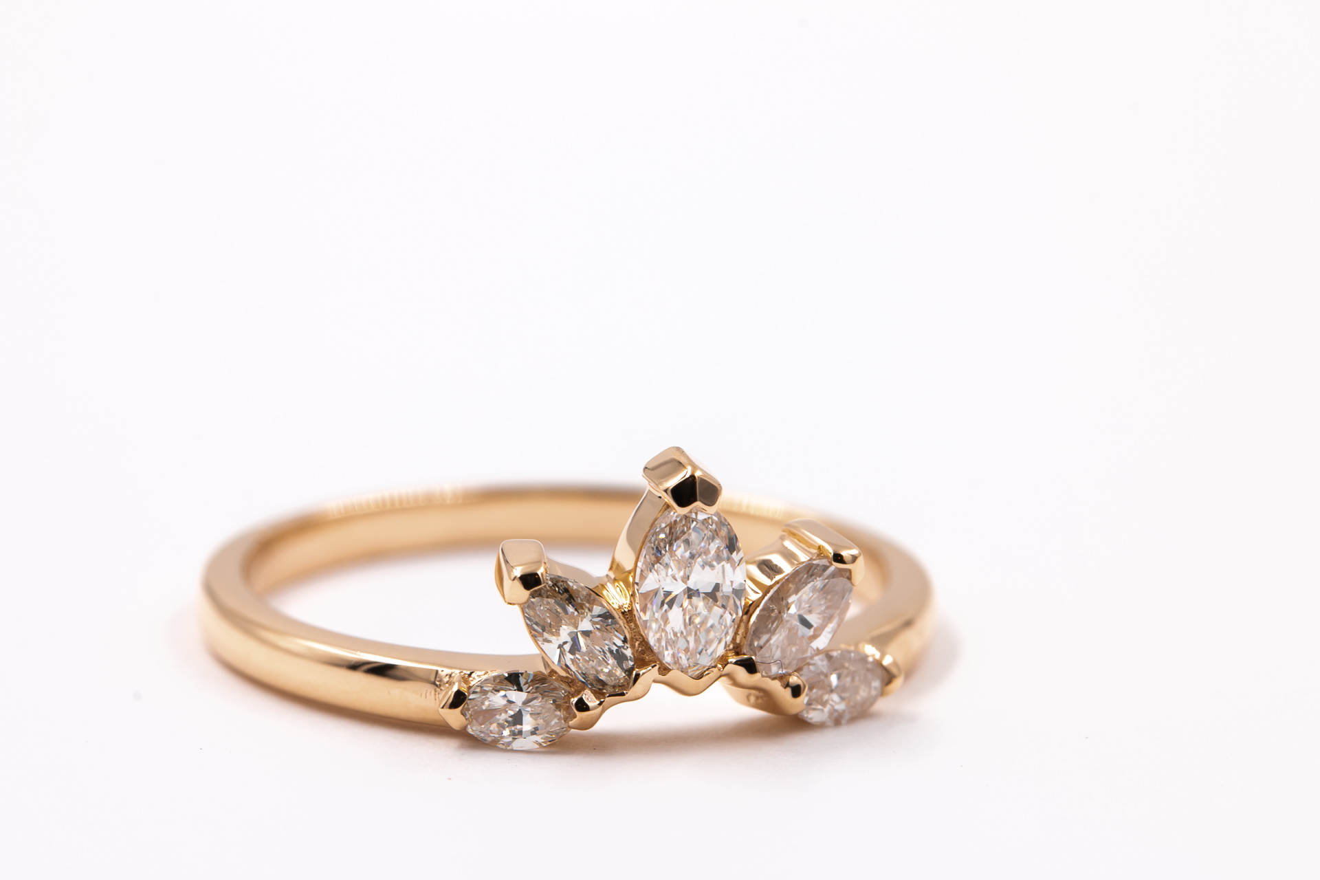 flower-style-engagement-ring-3