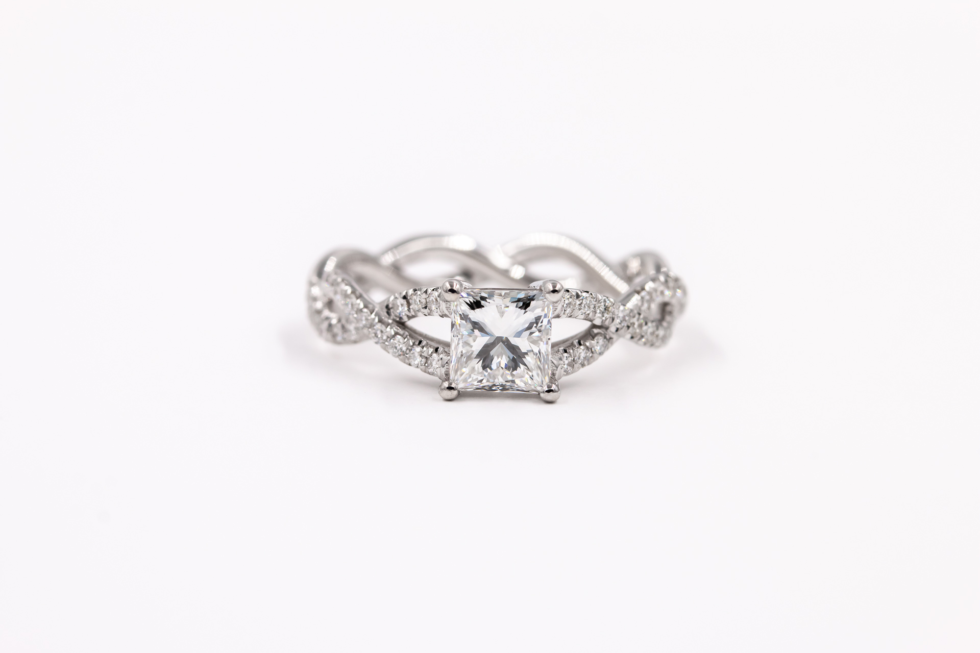 infinite-band-engagement-ring-