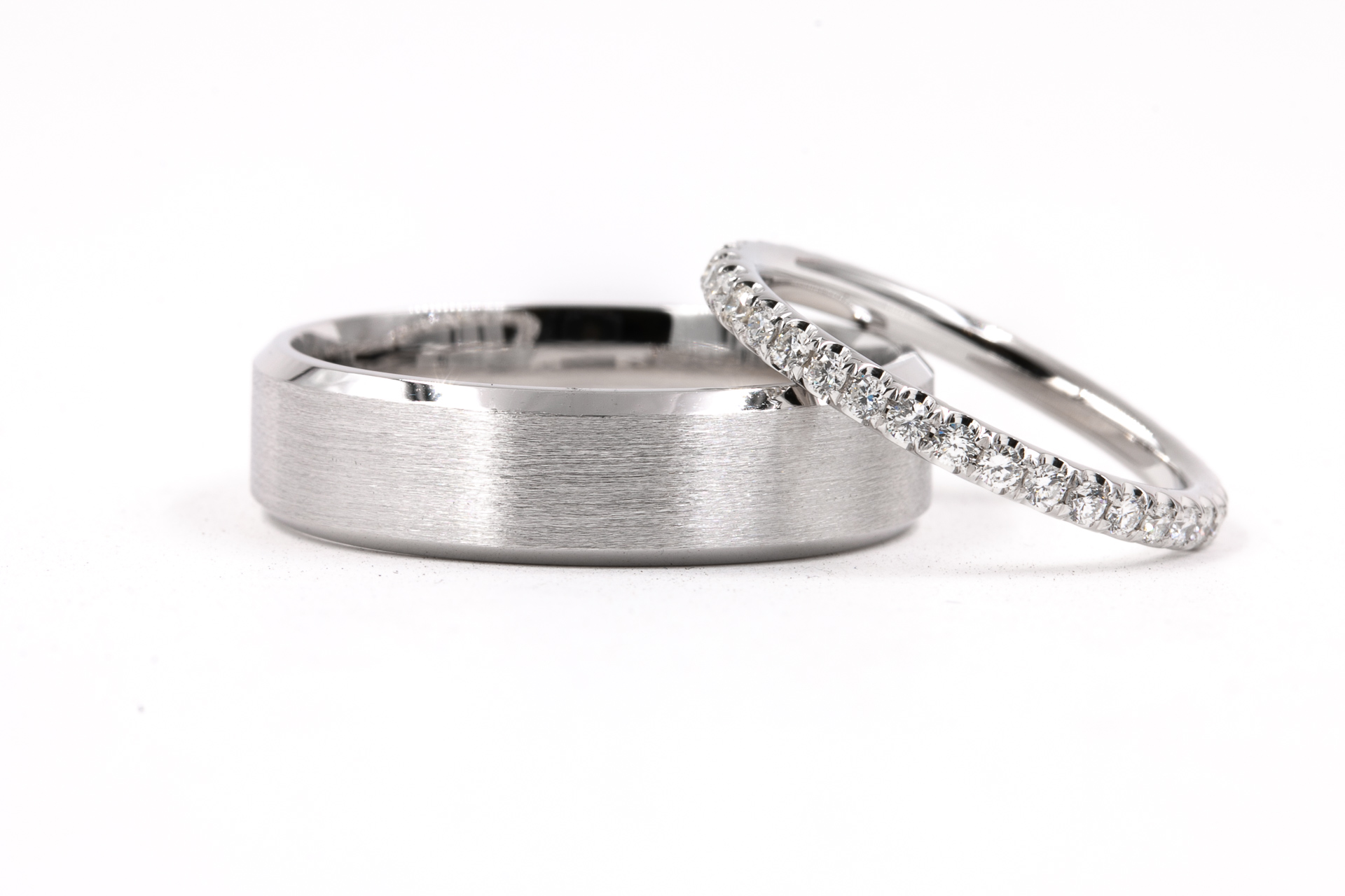 mens-womens-diamond-wedding-band
