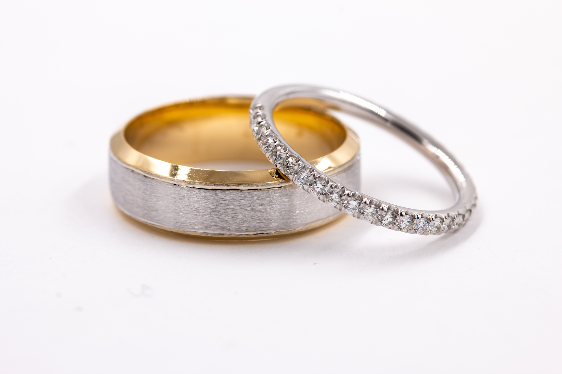 mens-yellow-gold-wedding-band-3