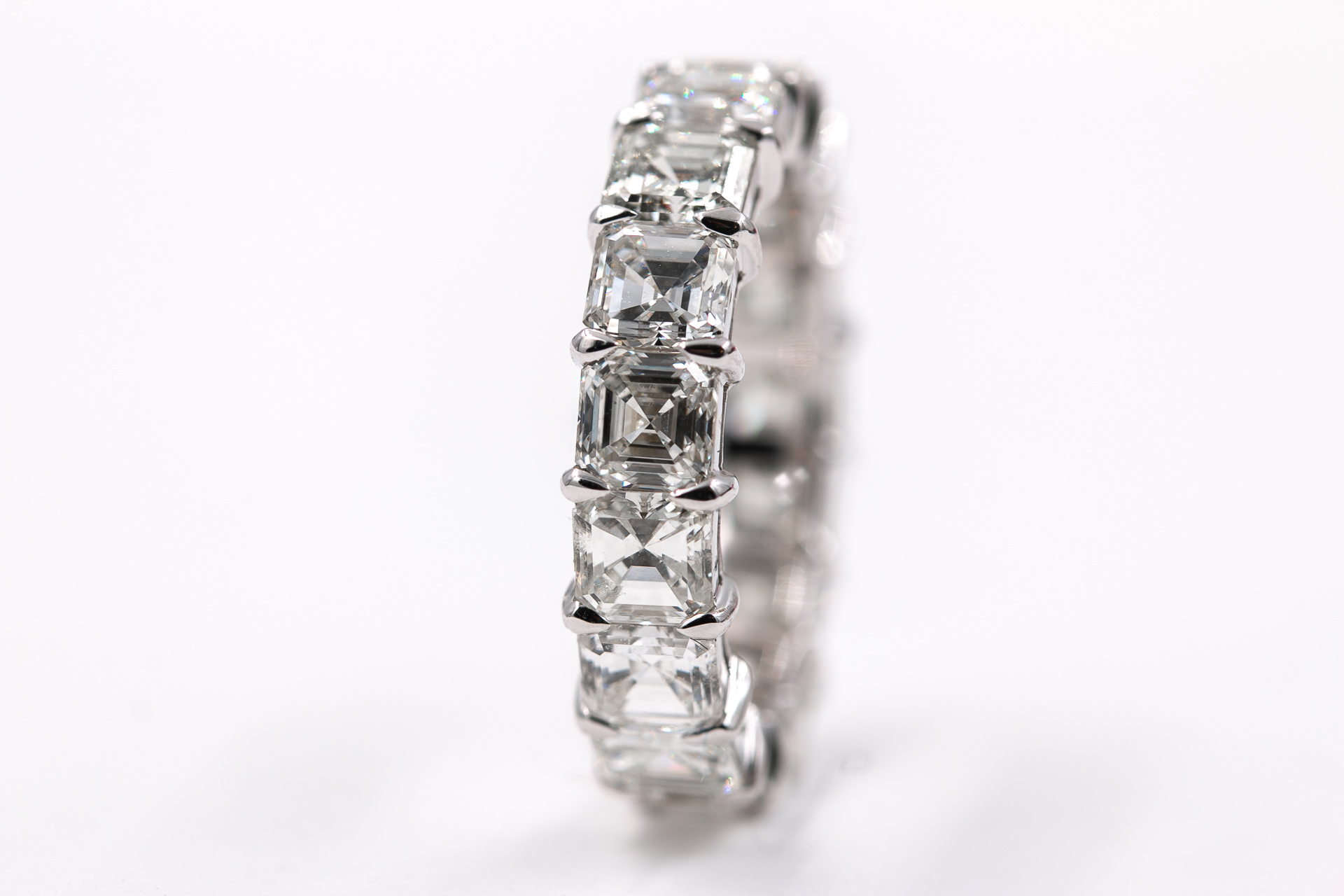 radiant-cut-eternity-band-diamonds-natural-3