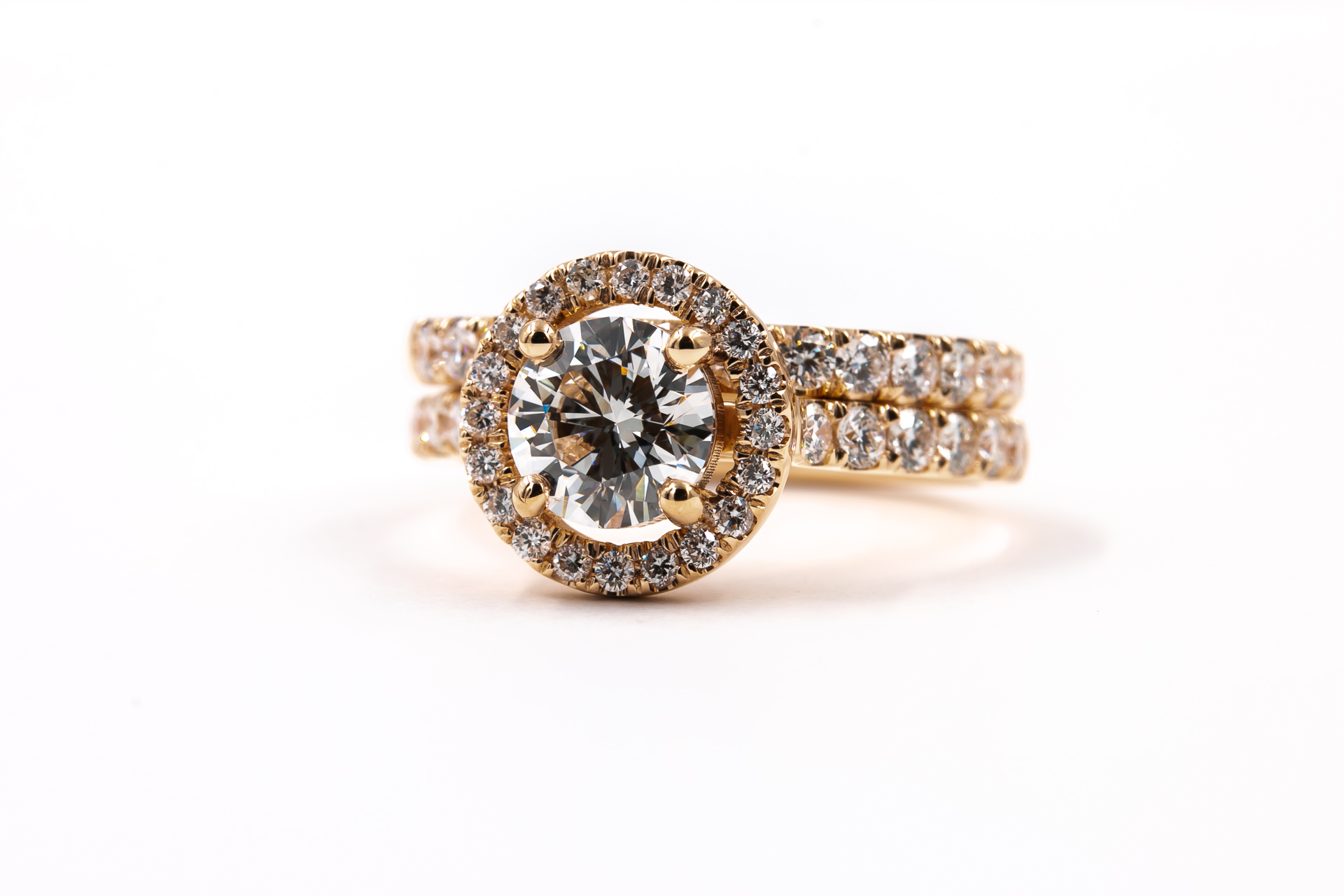 rose-gold-halo-engagement-rings