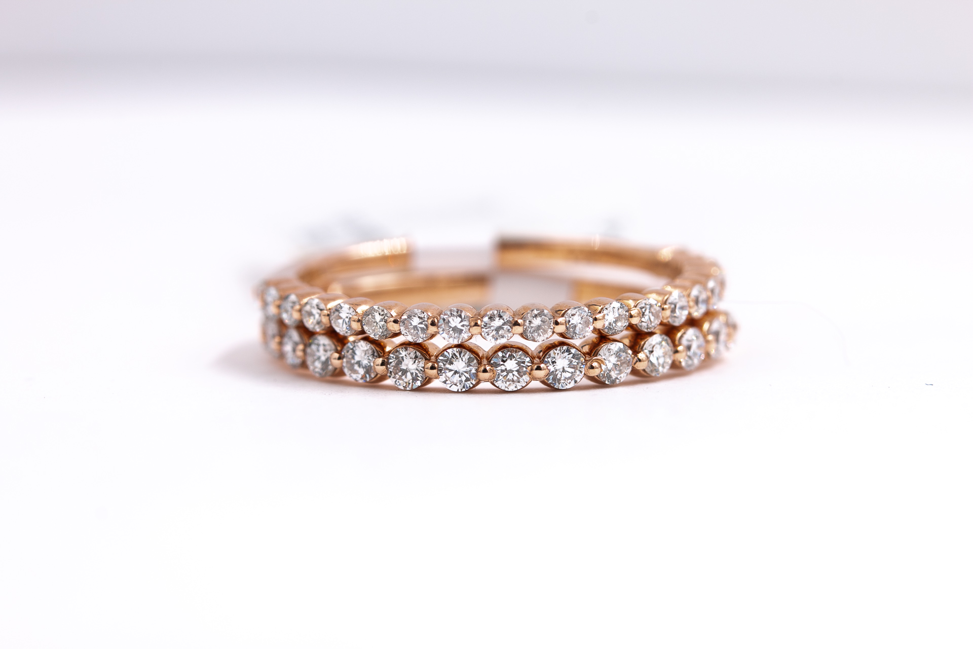 round-diamonds-eternity-band-rose-gold