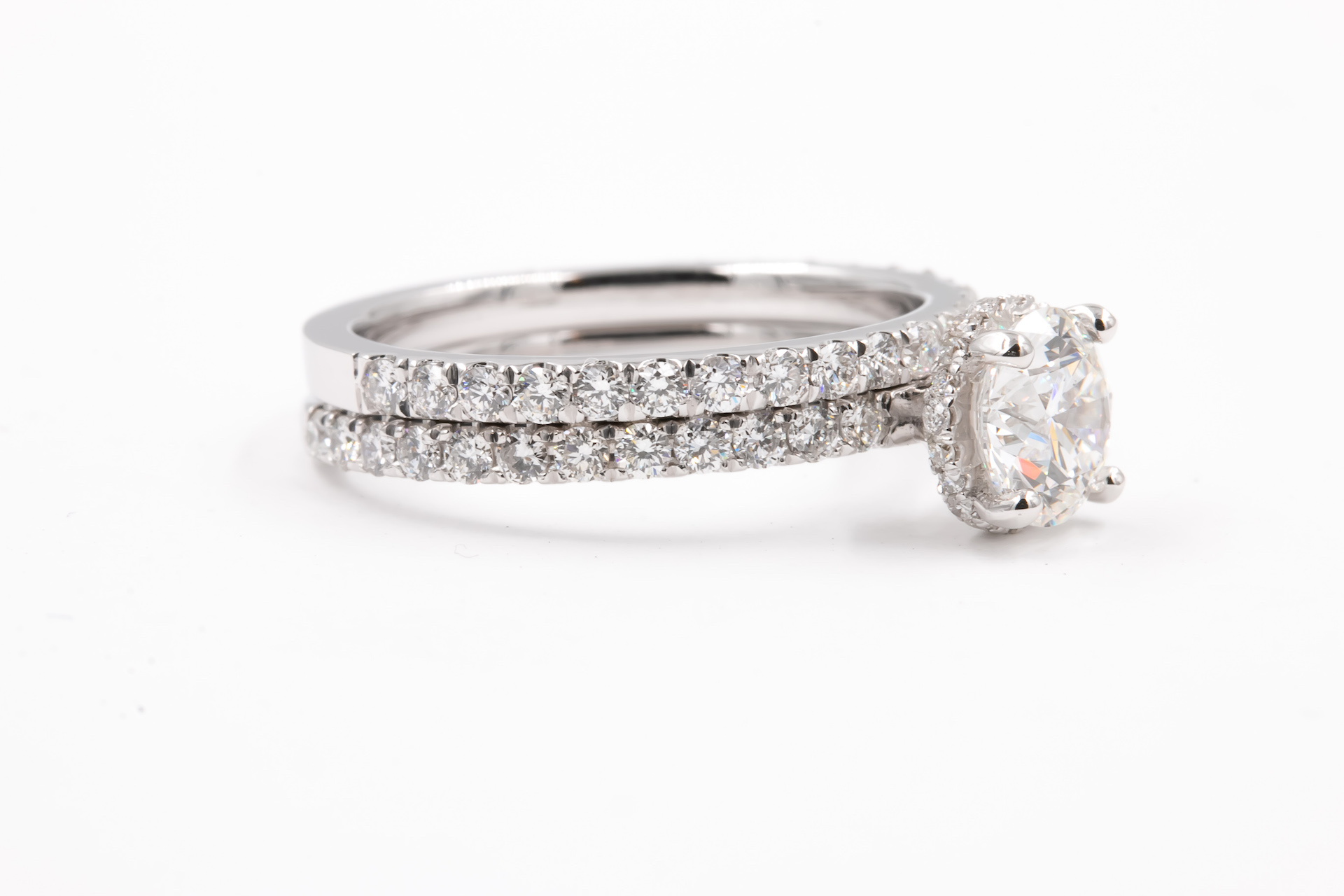 solitaire-diamond-setting-engagement-ring-2