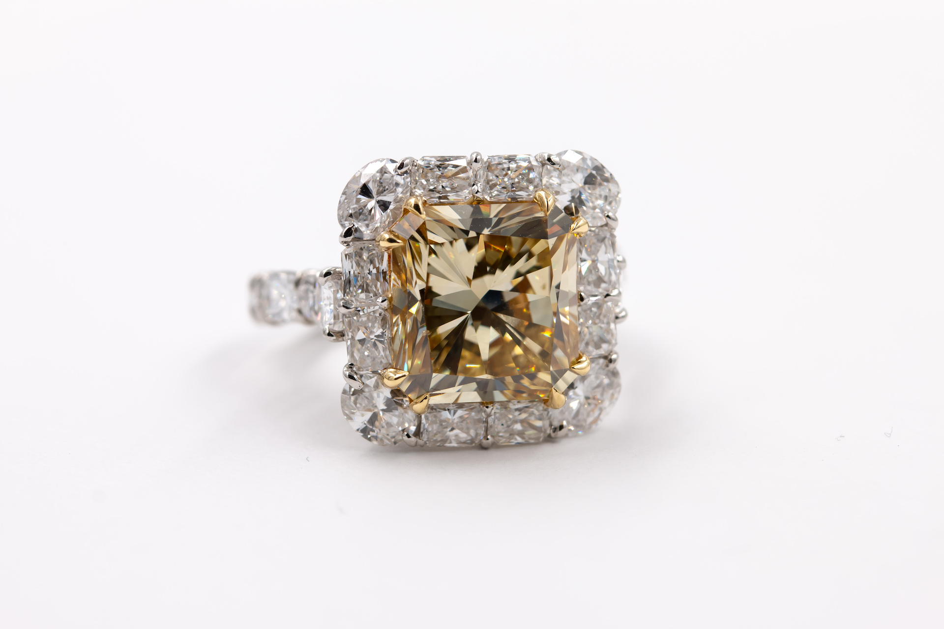 yellow-diamond-gold-ring-
