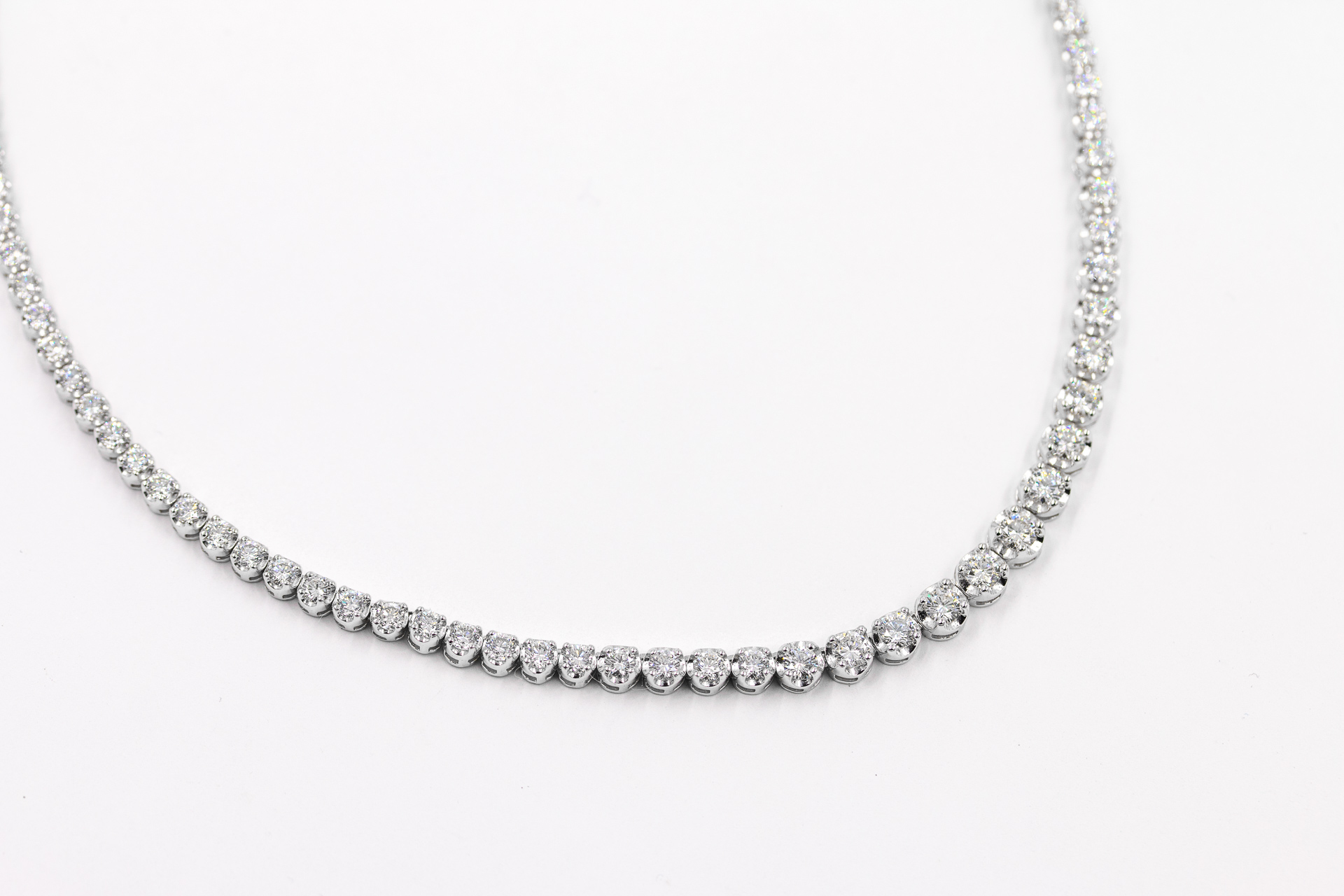 diamond-necklace-