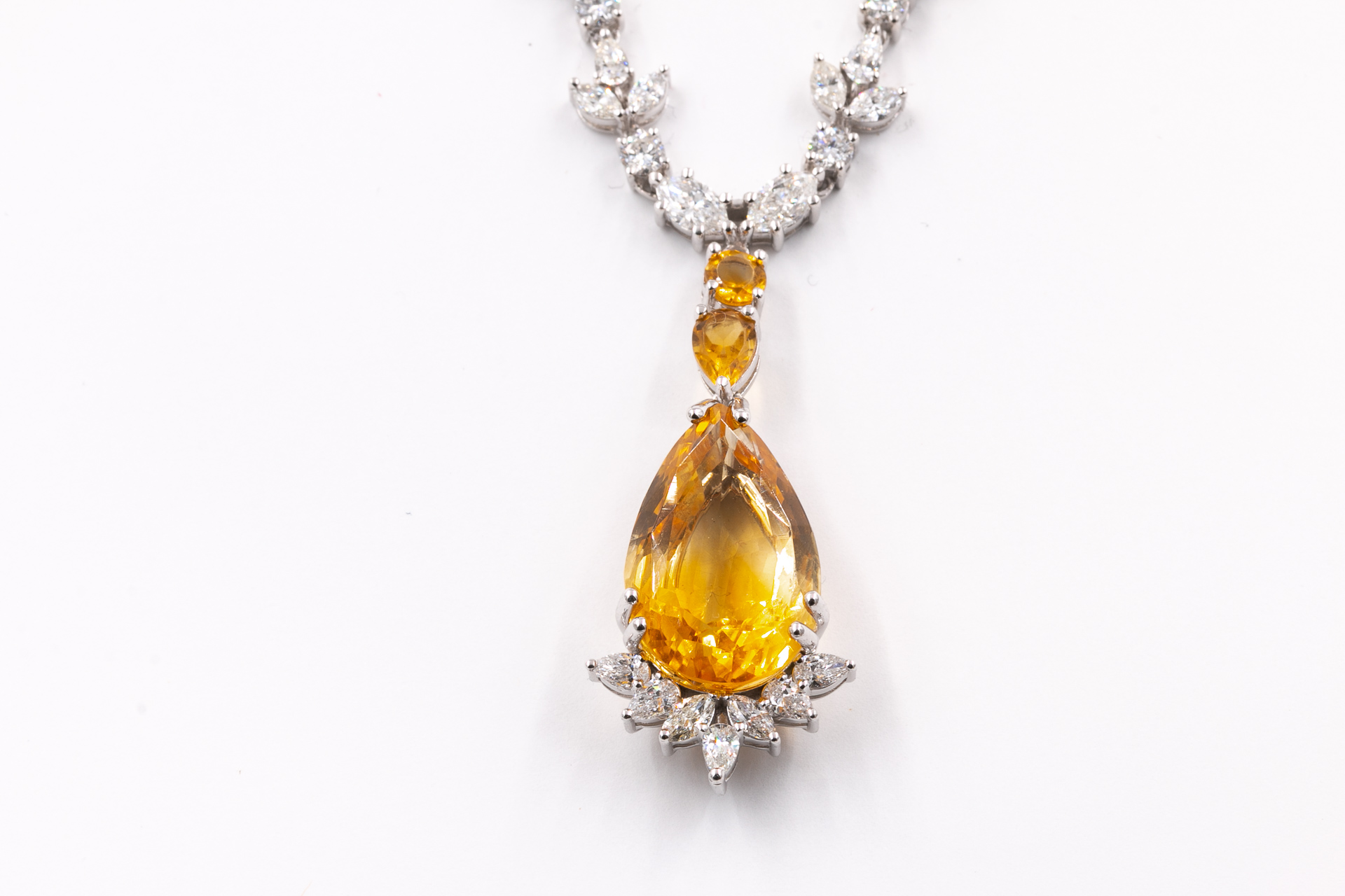 gemstone-diamond-necklace-jewelry-